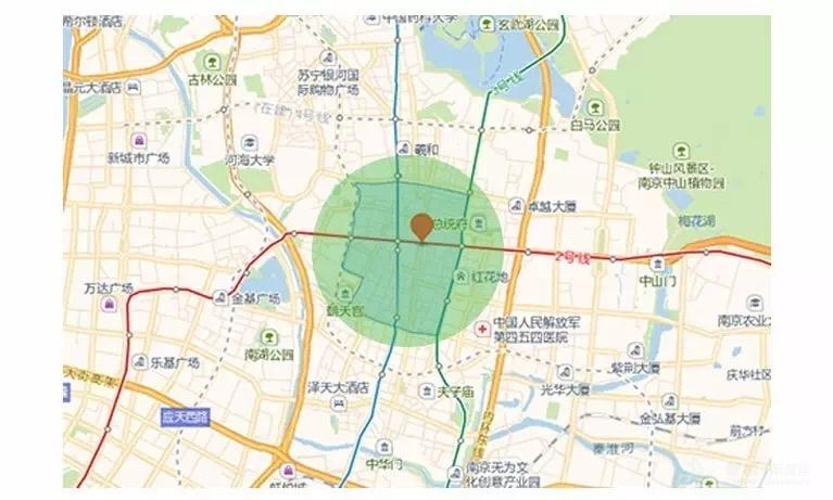 位于南京市鼓楼区新街口商圈的餐厅,通过更精细的地域定向投放,高效聚拢周边地区的潜在客源。